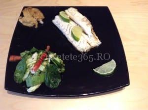 Biban de mare cu fenicul caramelizat si salata verde cu spanac   Sa bucatarim cu Leta